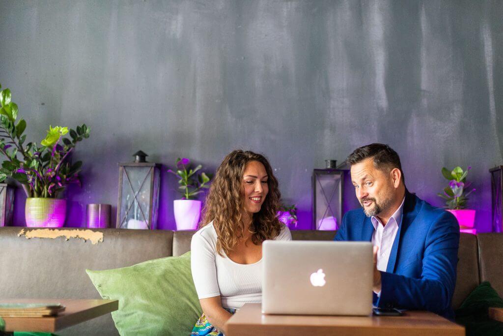 Rene Büttner Digitale Sichtbarkeit für Selbständige und Unternehmer - Kundengespräch
